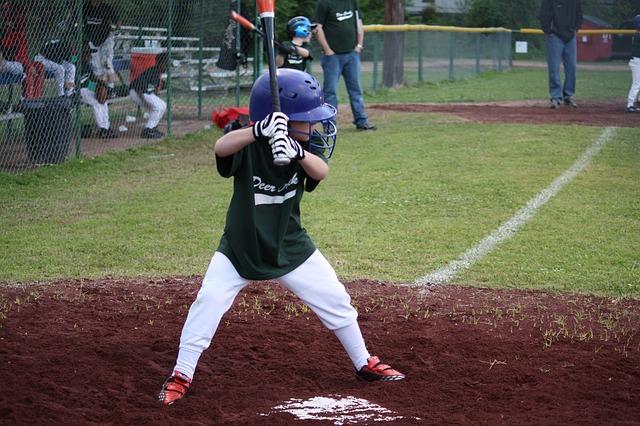 少年野球のシャトル打ちやゴロ捕球やトレーニングは自主練で!母親も手伝える?
